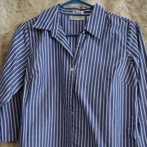 Blue & white striped 3/4 sleeve button up shirt